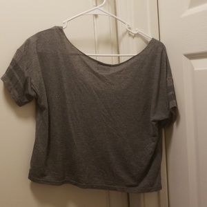 American Eagle Outfitters Tops - Vintage AE cropped Tee!